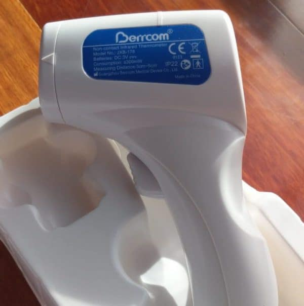 Termómetro Marca Berrcom Infrarrojo Digital de Temperatura No Contacto