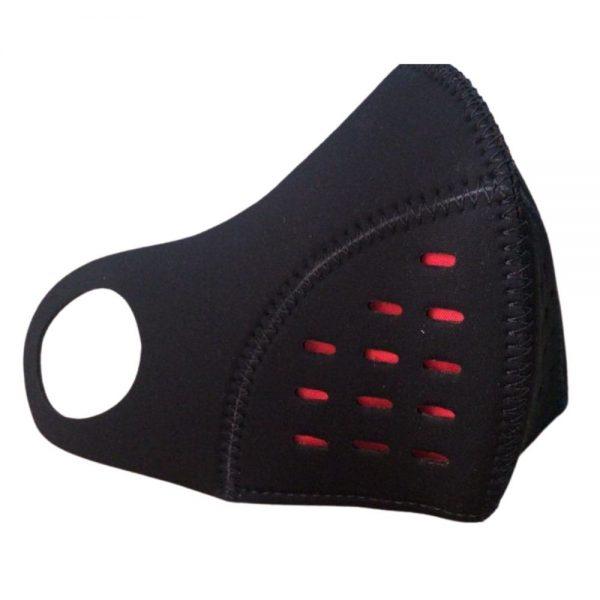 Tapabocas deportivo ajuste lateral y filtro antifluido